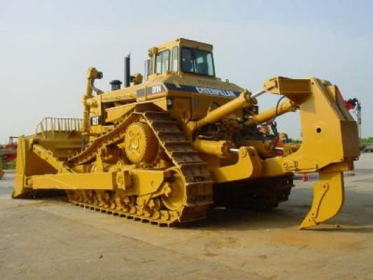 Used and new Crawler Dozers - MachineryZone Europe
